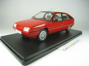 CITROEN BX 16 TRS 1983 1/24 IXO SALVAT (RED) WITH