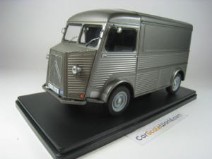 CITROEN TYPE H 1958 1/24 IXO SALVAT (GREY) WITH BL