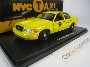 FORD CROWN VICTORIA 2011 NYC TAXI 1/43 GREENLIGHT