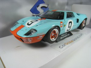 FORD GT40 24H LE MANS 1968 1/18 SOLIDO