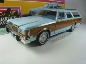 FORD LTD COUNTRY SQUIRE 1979 CHARLIE´S ANGELS 1/18
