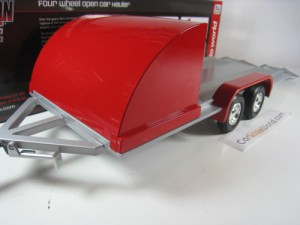 FOUR WHEEL OPEN CAR HAULER 1/18 AUTOWORLD (RED)