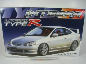 HONDA INTEGRA TYPE R DC5 1/24 FUJIMI (KIT ASSEMBLY