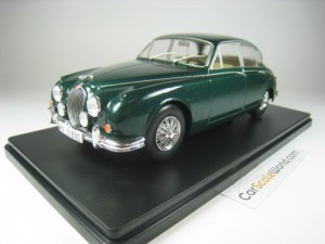 JAGUAR 3.5 MKII 1960 1/24 IXO SALVAT (GREEN) WITH