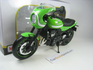 KAWASAKI Z900 RS CAFE 1/12 MAISTO (GREEN)