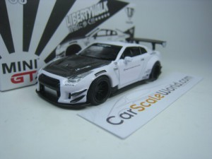 LB WORKS NISSAN GT-R R35 TYPE 2 REAR WING VER. 3 (