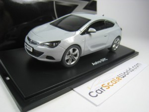OPEL ASTRA GTC 2010 1/43 MOTORART (MINERAL WHITE)