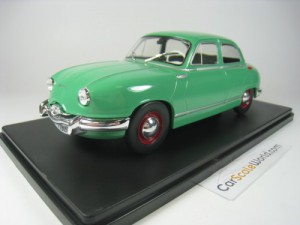 PANHARD DYNA Z 1958 1/24 IXO SALVAT (GREEN) WITH B