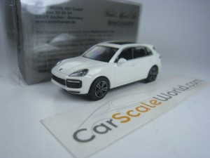 PORSCHE CAYENNE TURBO 2017 1/87 MINICHAMPS (WHITE)