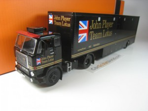 VOLVO F88 RACING TRANSPORTER JOHN PLAYER TEAM LOTU